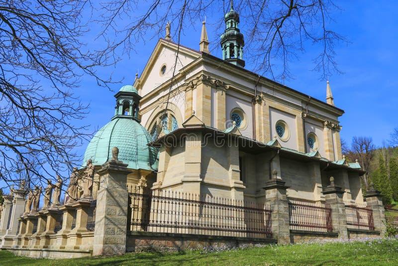 Kyrka i Kalwaria Zebrzydowska, Polen royaltyfria foton
