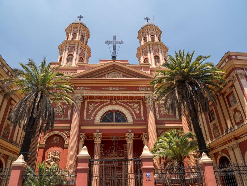 Kyrka i Santiago de Chile arkivfoton