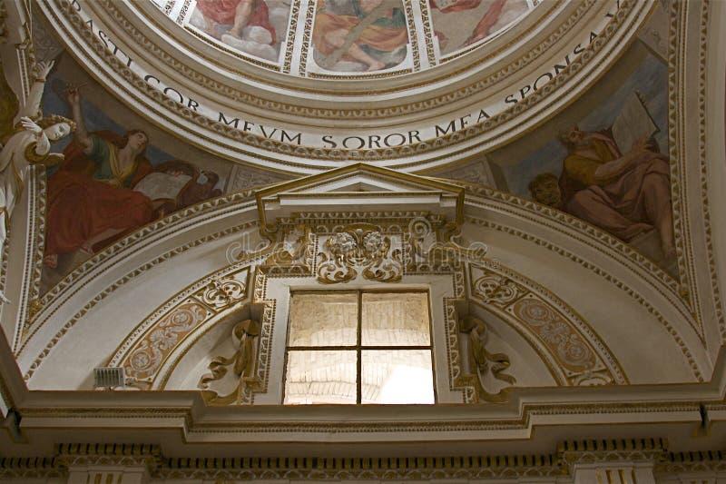 kyrka inre umbria royaltyfria bilder