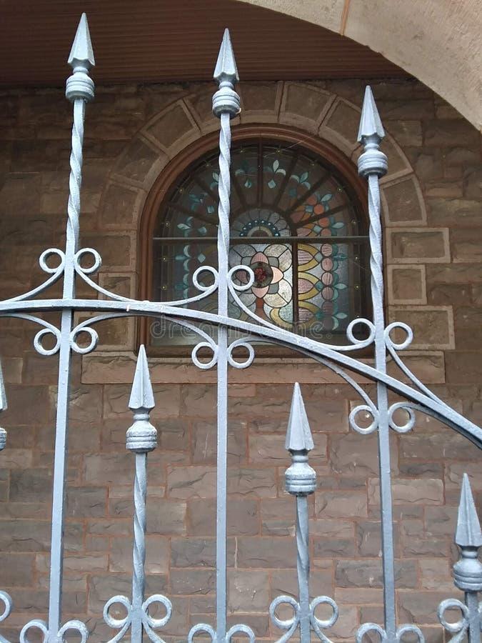 Kyrka på Main Street Titusville PA royaltyfri foto