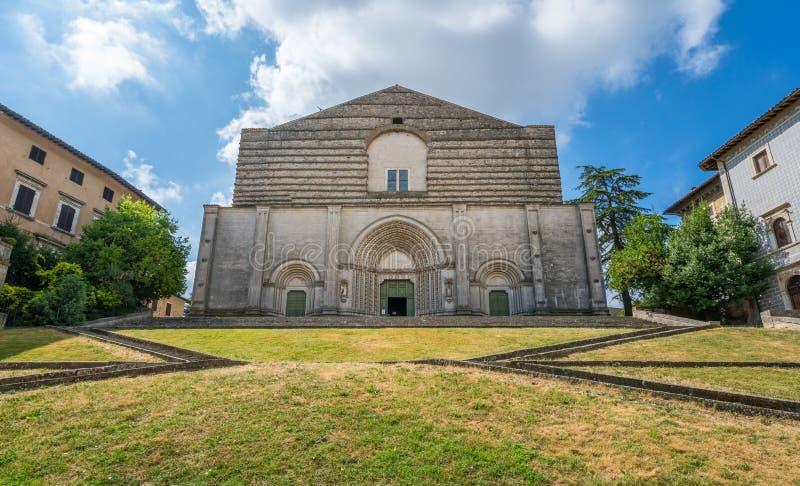 Kyrka Tempio di San Fortunato i Todi, landskap av Perugia, Umbria royaltyfria foton