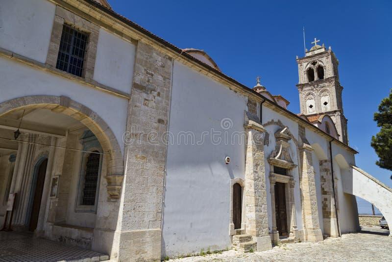 Kyrkan av det heligt korsar By Pano Lefkara, Cypern royaltyfria foton