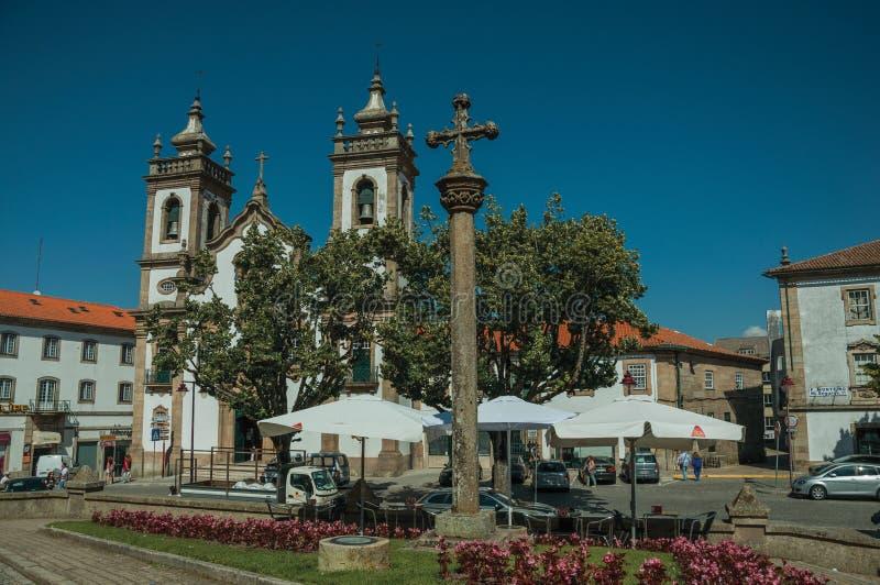 Kyrkan av Misericordiaen och stenen st?ller vid skamp?len i barock stil royaltyfria foton