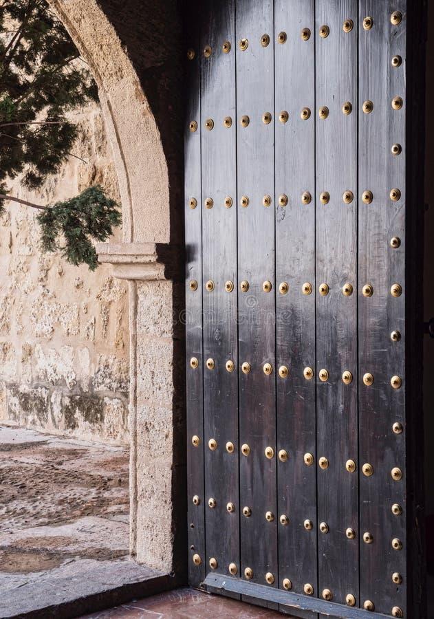 Kyrkan av San Lorenzo som kallades den kyrkliga fernandinaen, den byggdes under andra halvan av århundradet XIII, Cordoba, Spanie arkivbild