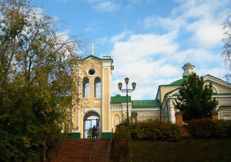 Kyrkan i den Siberian staden av Tomsk arkivbilder