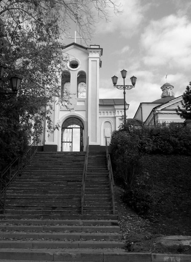 Kyrkan i den Siberian staden av Tomsk arkivbild