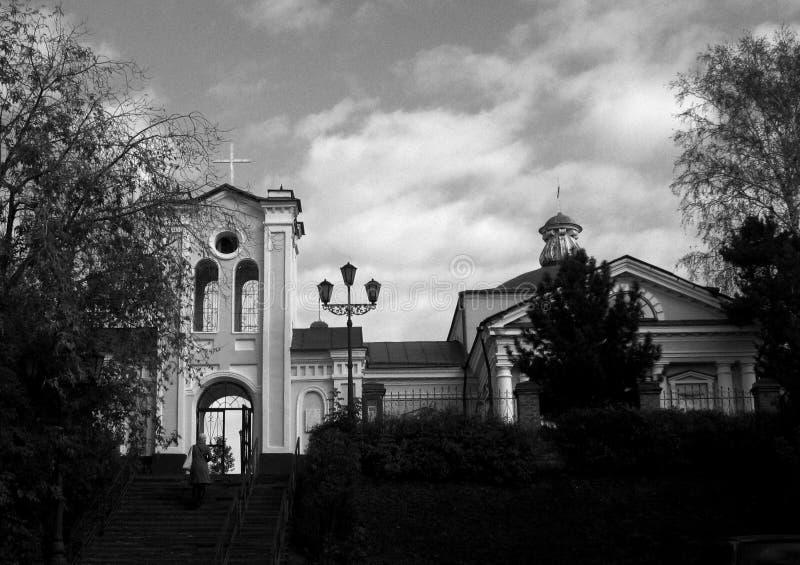 Kyrkan i den Siberian staden av Tomsk arkivfoton