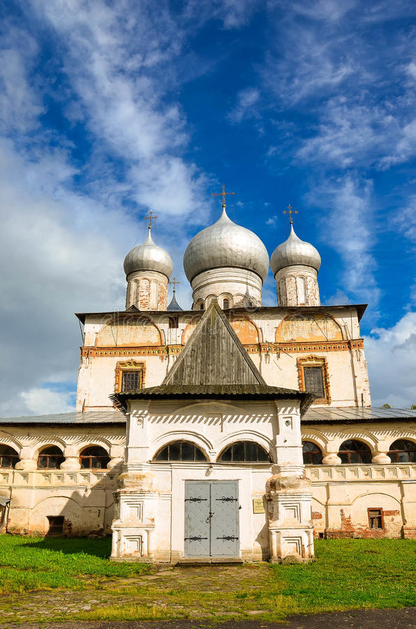 Kyrkan i Veliky Novgorod royaltyfria bilder