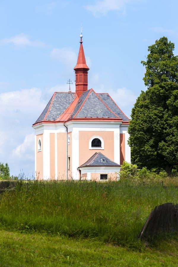 kyrkan Saint Ann, Pusta Kamenice, Tjeckien royaltyfri foto