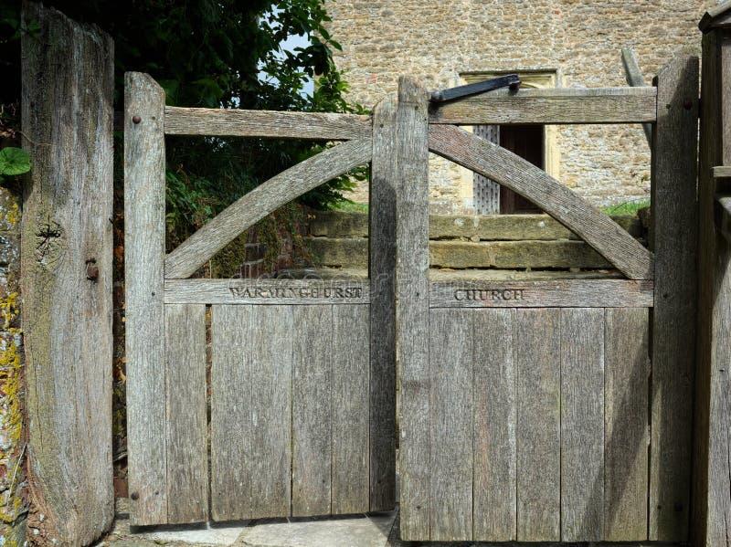 Kyrkaportar, Warminghurst, Sussex, UK royaltyfri foto
