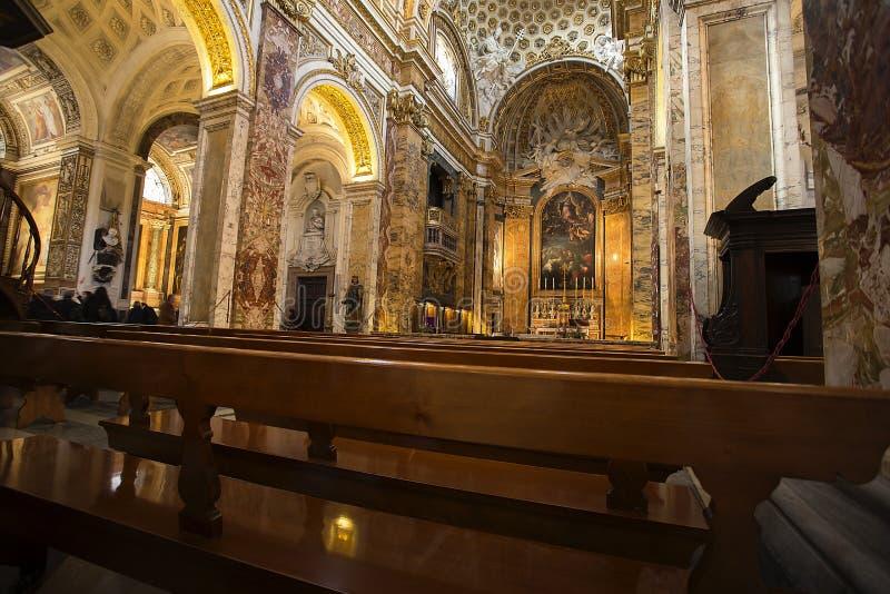 Kyrklig Chiesa San Luigi dei Francesi i Rome, Italien royaltyfri bild