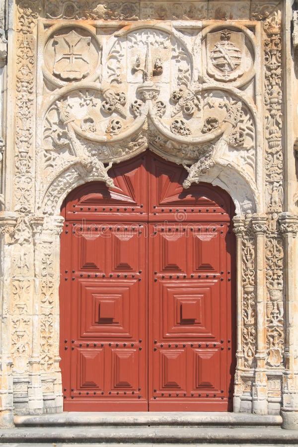 kyrklig dörringång royaltyfri bild