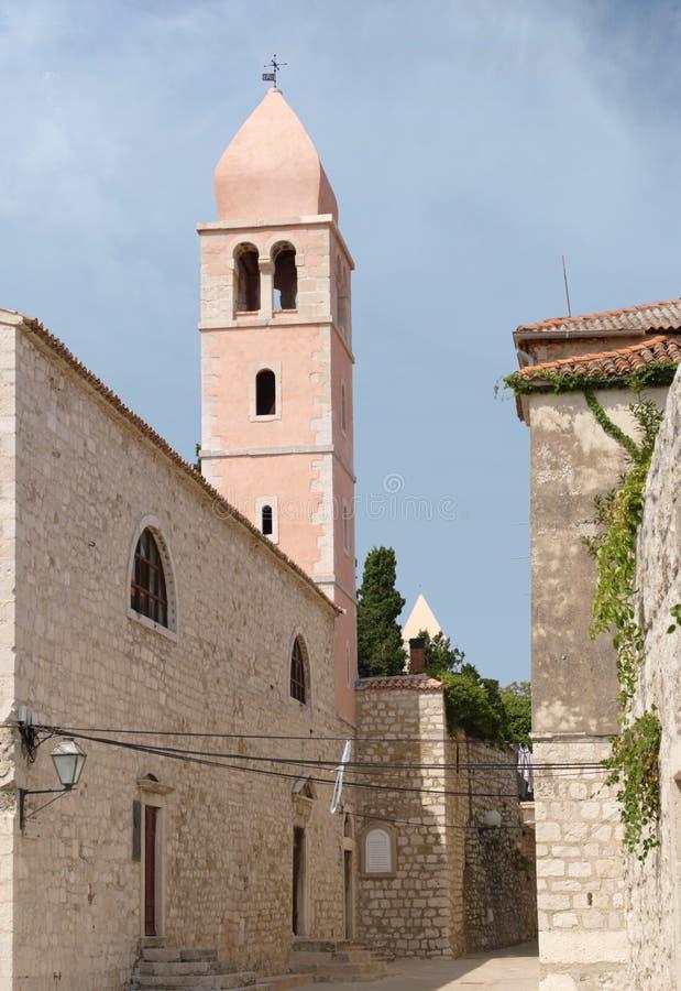 kyrklig justine för campanile st royaltyfri bild