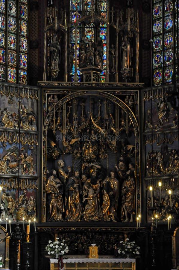 kyrklig krakow mariacki royaltyfria foton