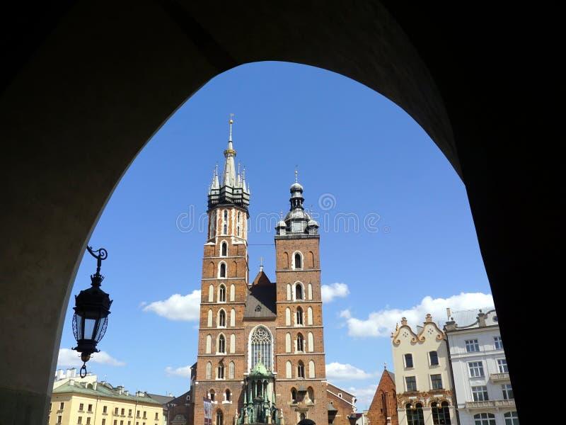 kyrklig poland för krakow mariackinatt for royaltyfria bilder