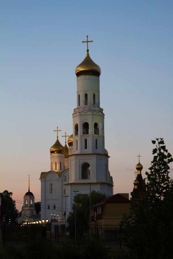 Kyrklig Treenighetdomkyrka i Bryansk royaltyfri bild