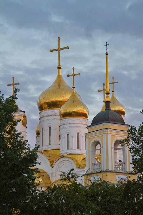Kyrklig Treenighetdomkyrka i Bryansk arkivbild