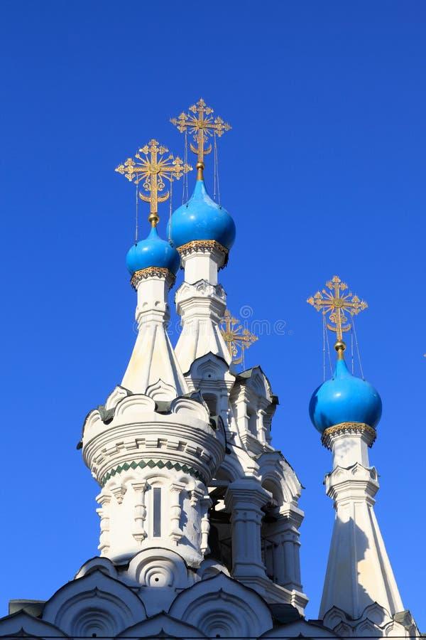 kyrkliga cupolas för blue royaltyfri bild