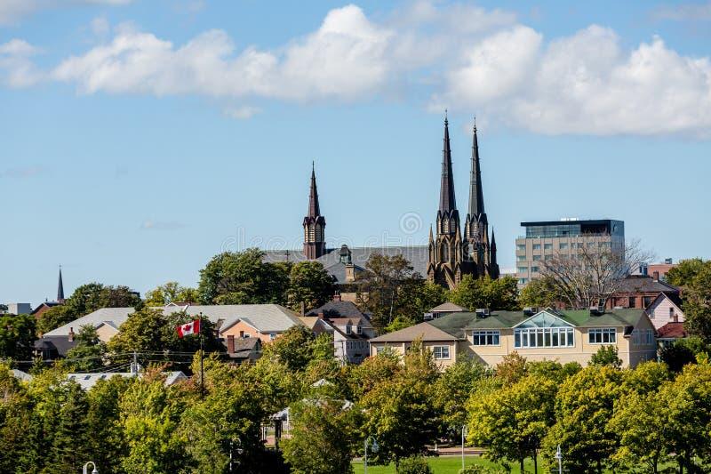 Kyrkliga kyrktorn för kanadensare royaltyfri fotografi