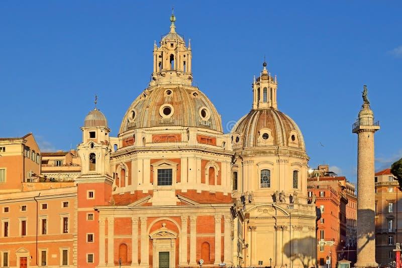 Kyrkliga Santa Maria di Loreto, Rome, Italien royaltyfri bild