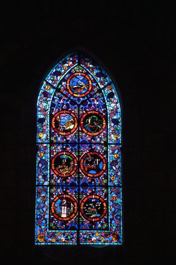 kyrkligt fönster royaltyfri bild