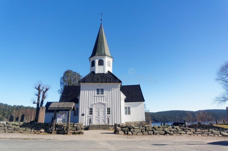 kyrkligt norskt trä royaltyfria foton