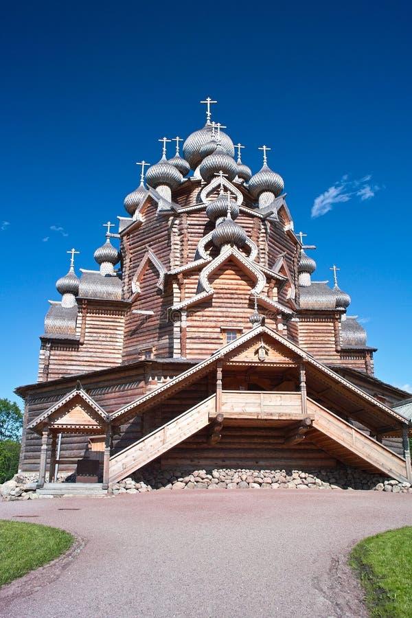kyrkligt timrat ortodoxt arkivfoto