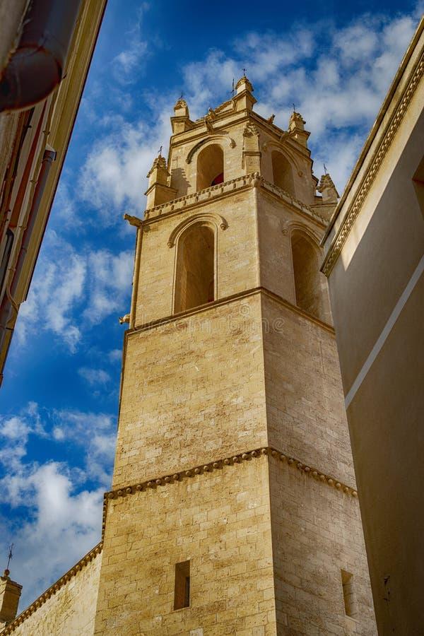 kyrkligt torn för klocka arkivfoto