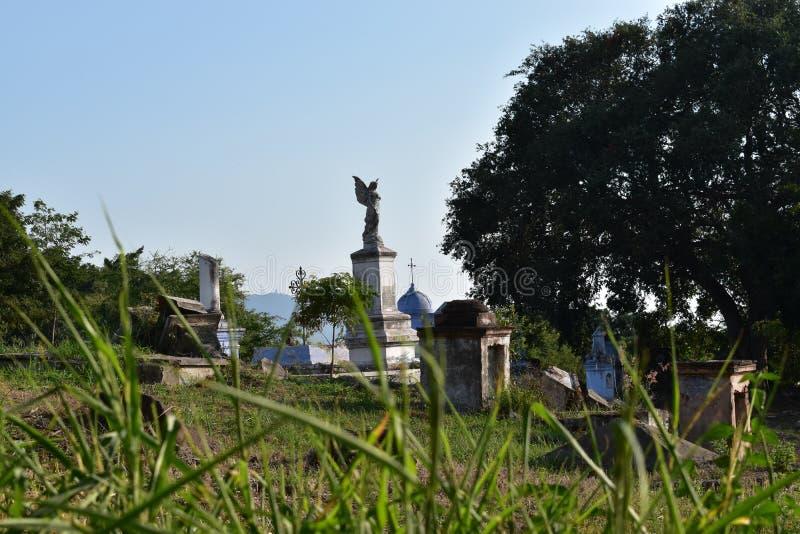 Kyrkogård i colima Mexiko arkivfoton