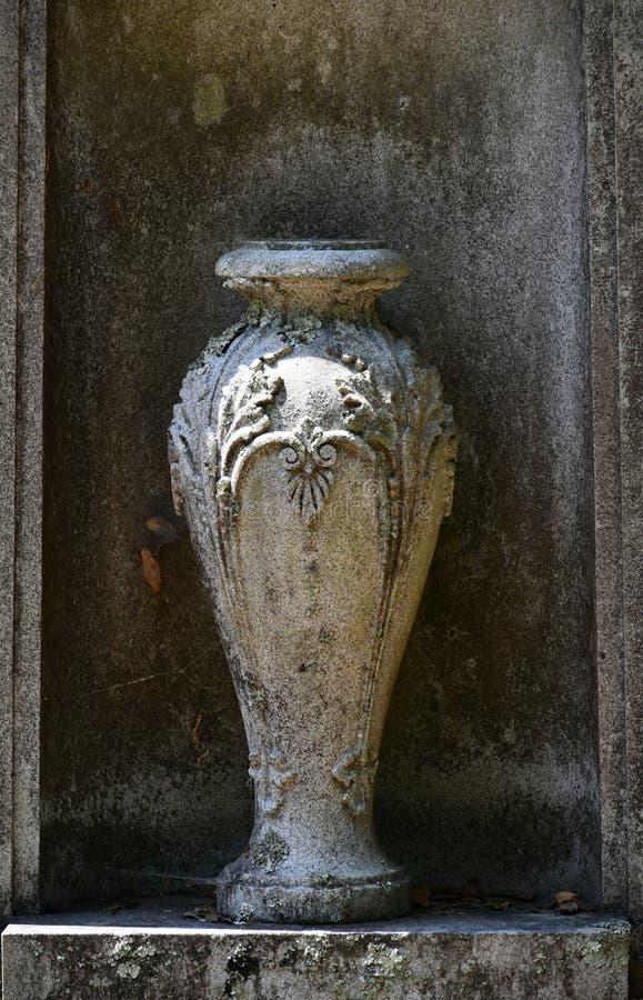 Kyrkogårdgravsten på Savannah Georgia den historiska kyrkogården arkivfoto