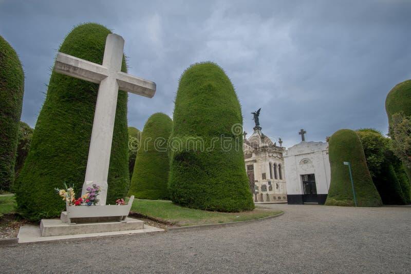 Kyrkog?rd av Punta Arenas royaltyfri bild