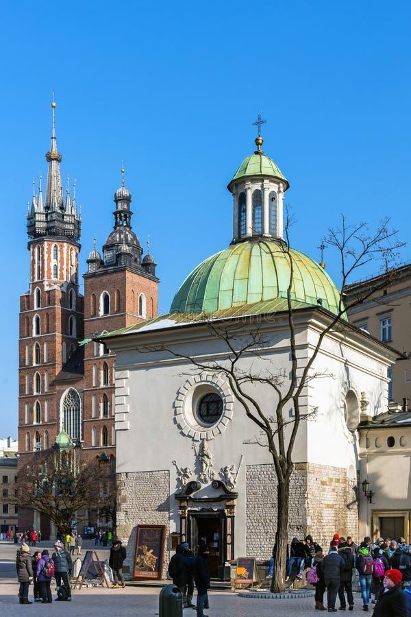 Kyrkor i Krakow fotografering för bildbyråer