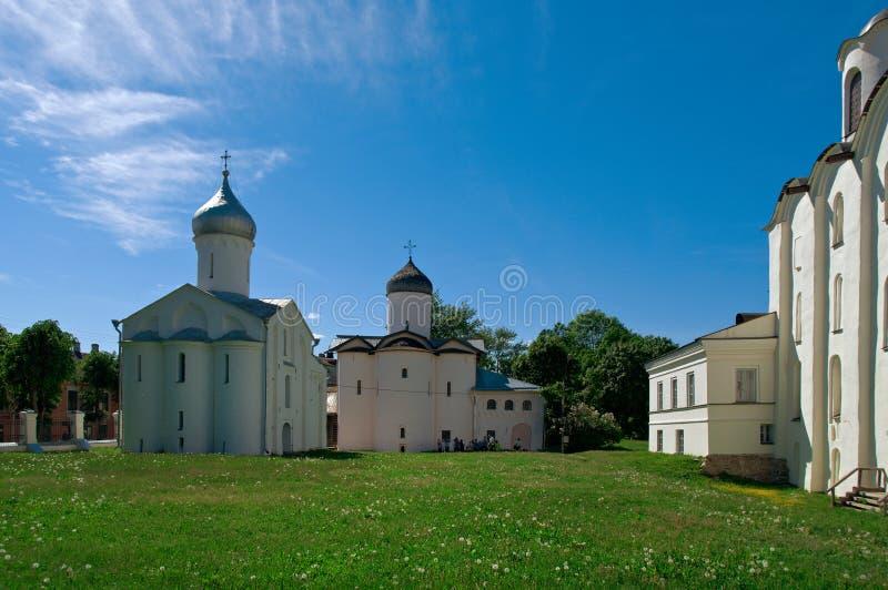 Kyrkor i Yaroslavs domstol arkivbilder