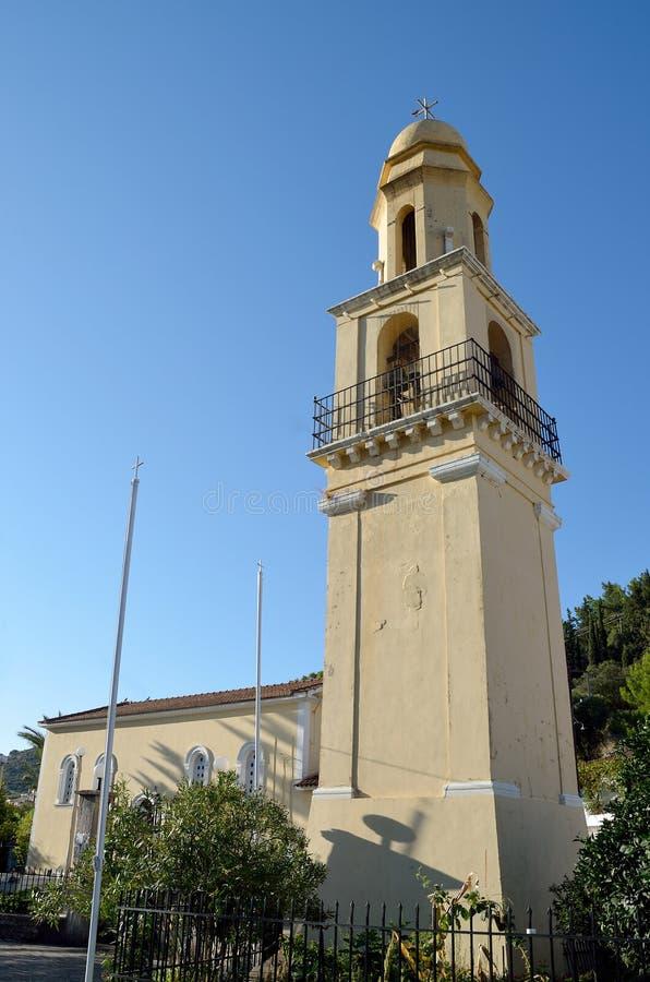 Kyrktorn av den helgonEfimia kyrkan arkivfoton