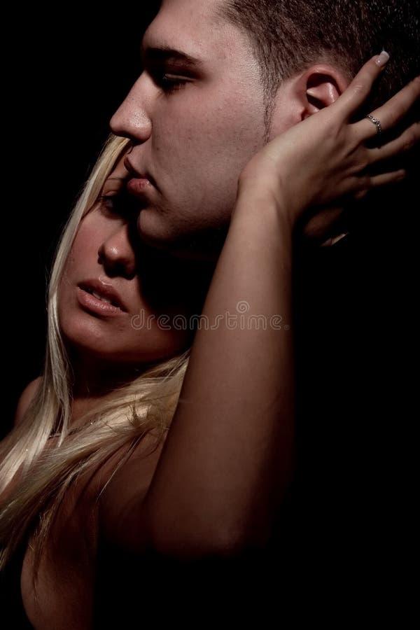 kyss royaltyfria bilder