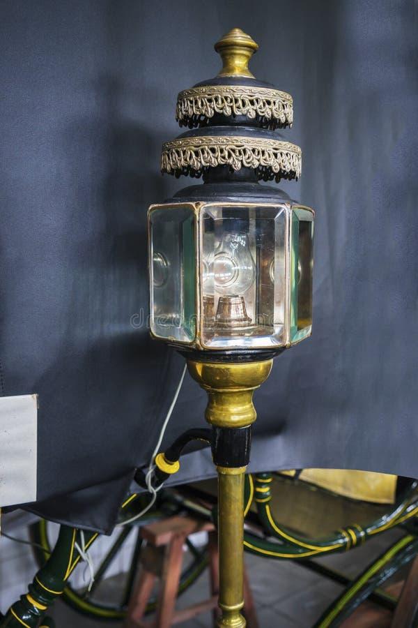 Lámpara antigua del carro del caballo fotografía de archivo libre de regalías