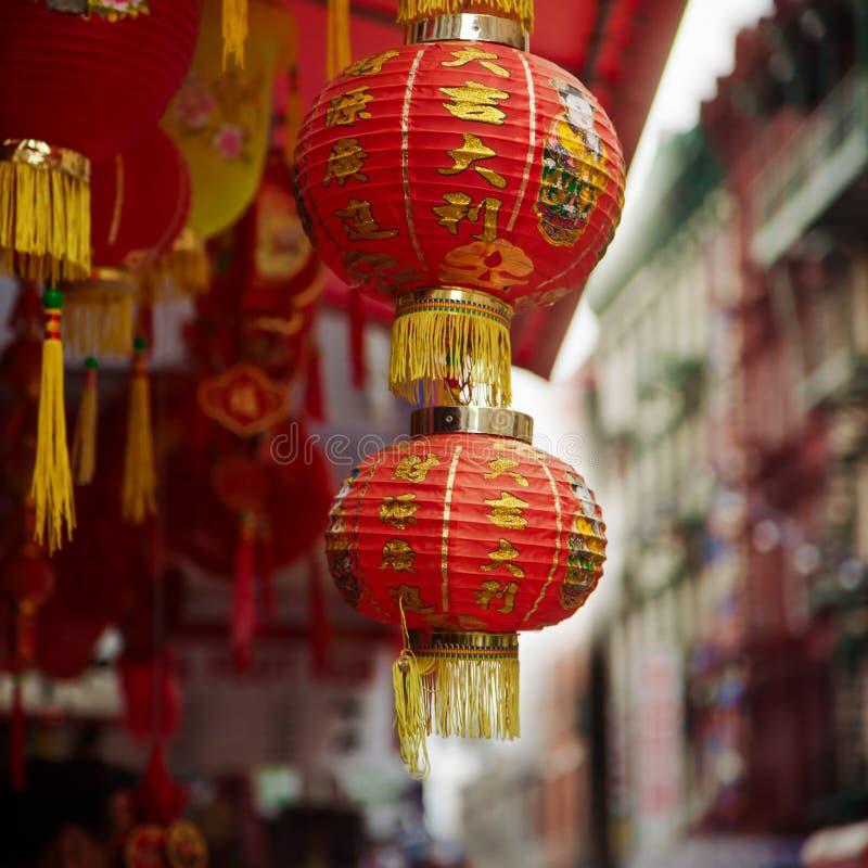 Lámpara china roja en Chinatown en New York City, los E.E.U.U. imagen de archivo libre de regalías
