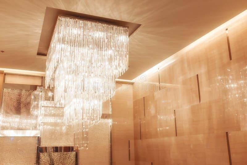 Lámpara con el tono caliente y del vintage para el diseño de interiores imagen de archivo libre de regalías