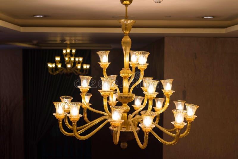 lámpara cristalina hermosa de la lámpara imagen de archivo
