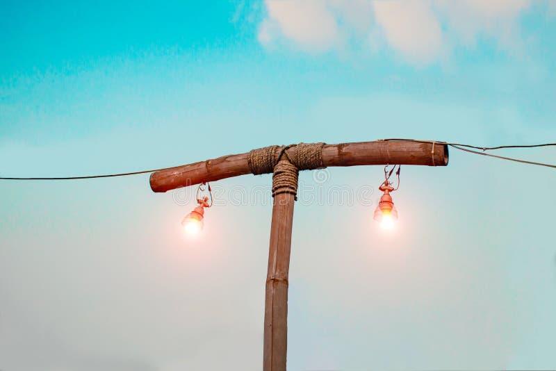 Lámpara de bambú vieja imagen de archivo libre de regalías