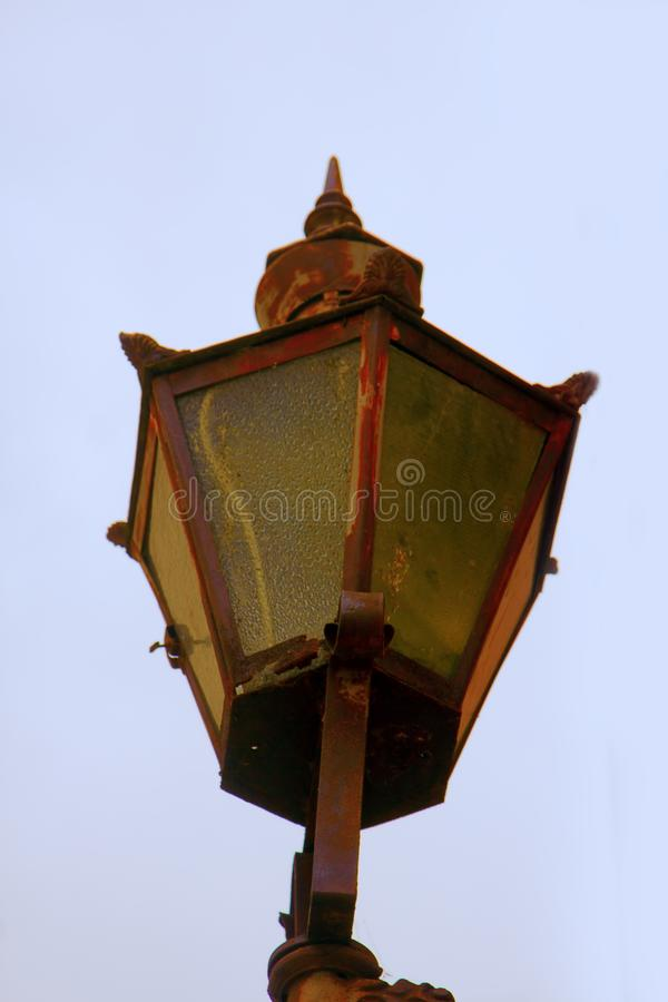 Lámpara de calle antigua imagen de archivo libre de regalías