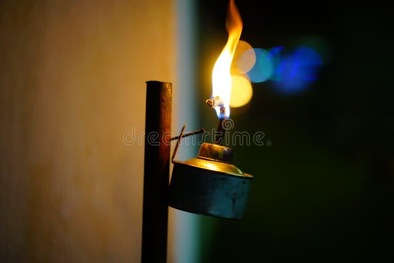 Lámpara de keroseno encendida para arriba imágenes de archivo libres de regalías