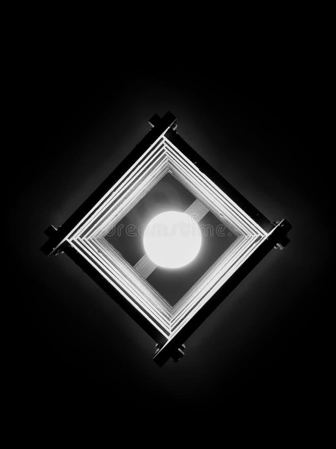 Lámpara oscura fotografía de archivo