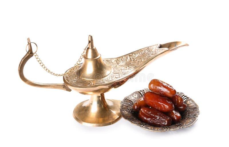 Lámpara y fechas de Aladdin, fotografía de archivo