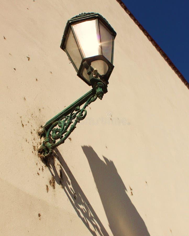 Lámpara y sombra fotografía de archivo
