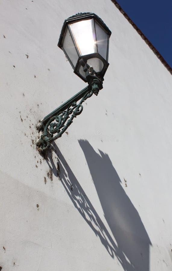 Lámpara y sombra foto de archivo libre de regalías