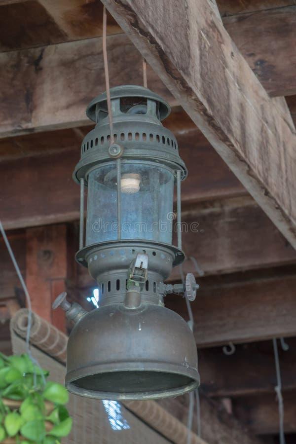 Lámparas antiguas de la ejecución foto de archivo libre de regalías