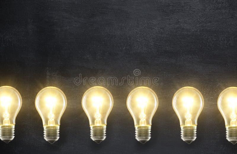 Lámparas de la bombilla foto de archivo