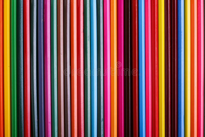 Lápices coloreados, fuentes de escuela para dibujar, modelo, espacio de la copia foto de archivo libre de regalías