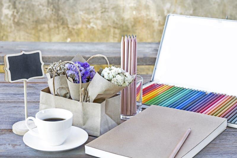 Excepcional Páginas De Colores De Arte Viñeta - Ideas Para Colorear ...